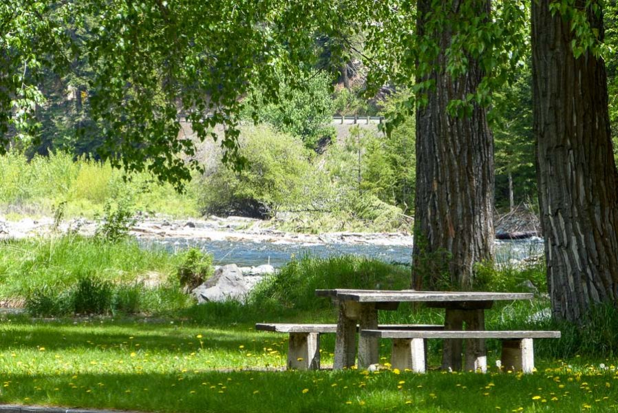 wallowa_lake_riverside_d-u-10